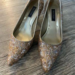 Gold sequin kitten heels size 6.5
